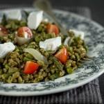 Insalata di farro – pomodorini, ricotta di pecora, piselli e asparagi – tono su tono