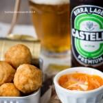 polpette di tonno – finger food – birra Castello