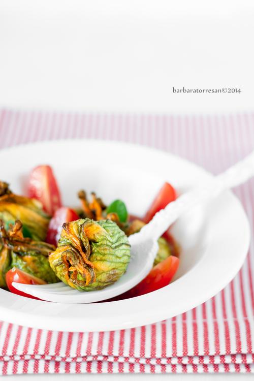fiori di zucchina ripieni [al forno]