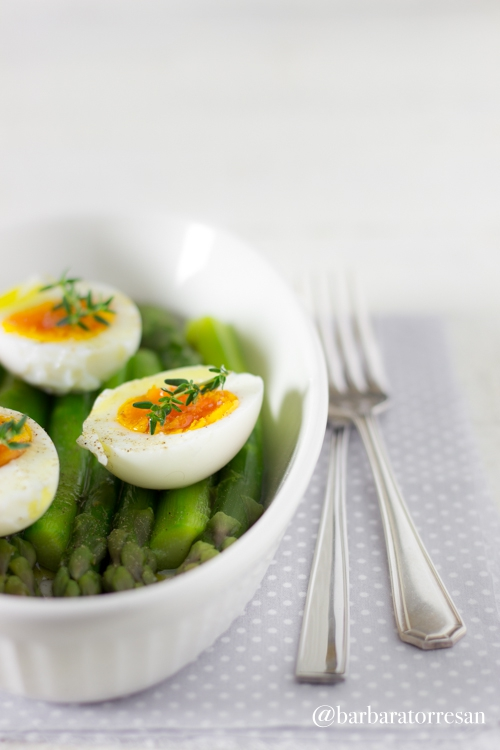 Asparagi e uova – semplicità disarmante