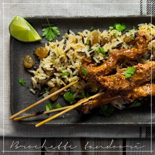 Tandoori: brochette di pollo tandoori o spiedini di pollo in salsa tandoori