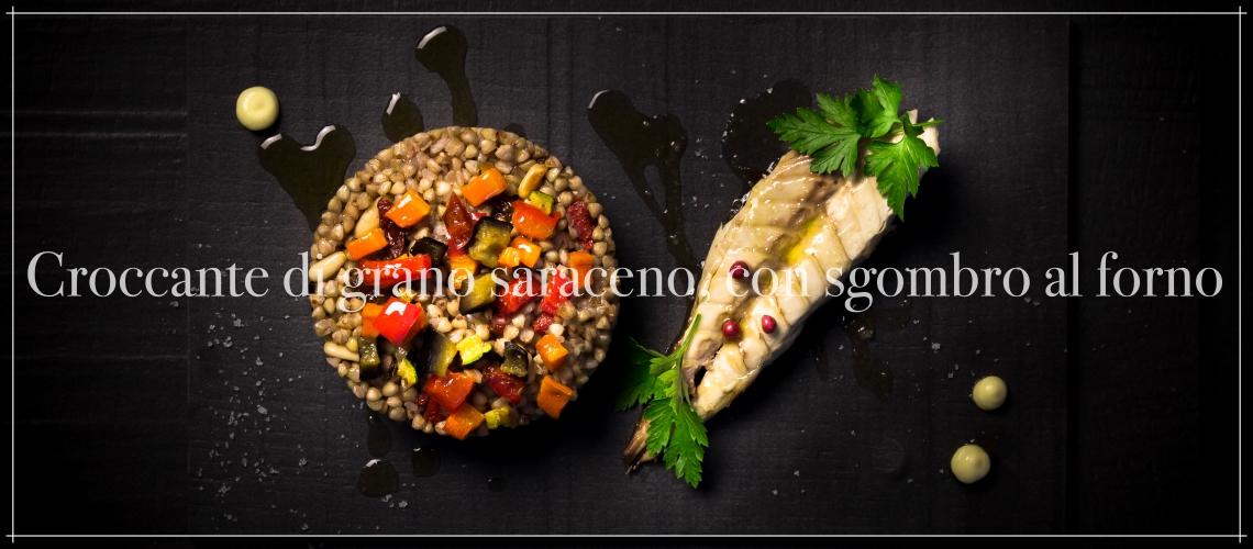 Croccante di grano saraceno, con sgombro al forno